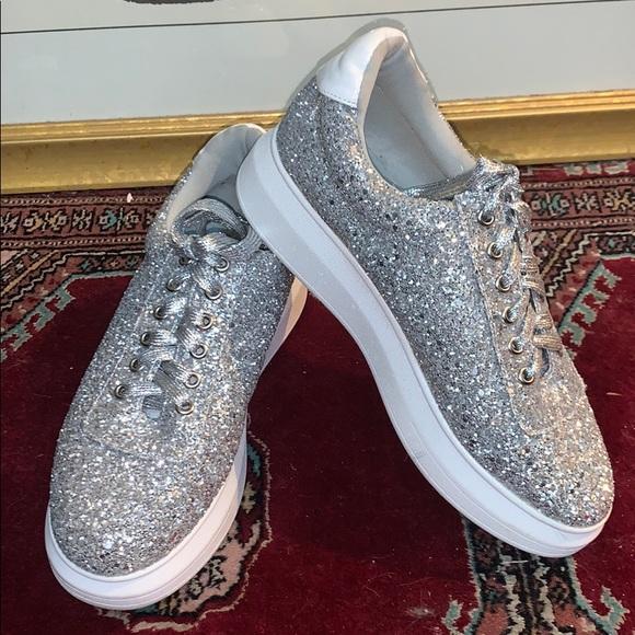Cape Robbins Glitter Sneaks